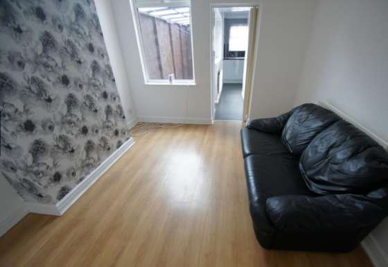 1 bedroom student apartment in Bishopsgate Green, Coventry