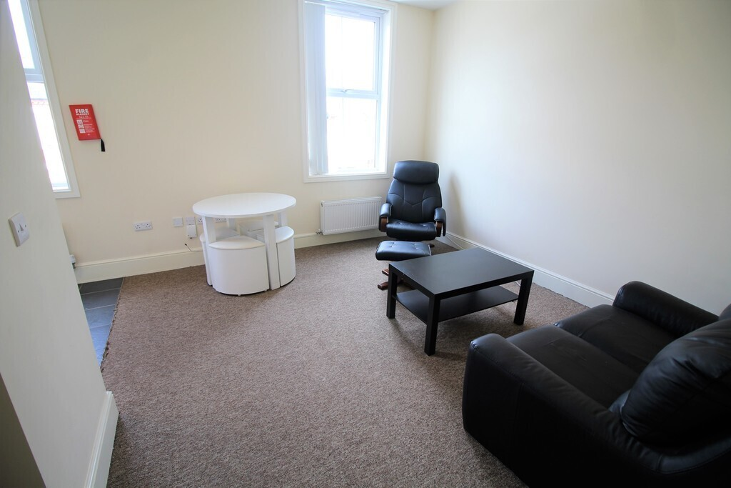 1 bedroom student apartment in Earlsdon, Coventry