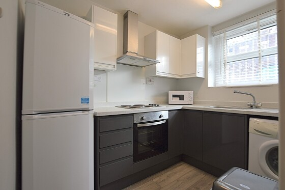 1 bedroom student apartment in Hyde Park, Leeds