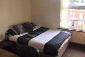 2 bedroom student apartment in Rusholme, Manchester