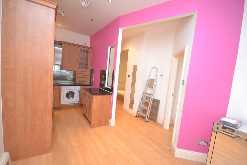 2 bedroom student apartment in City Centre, Nottingham