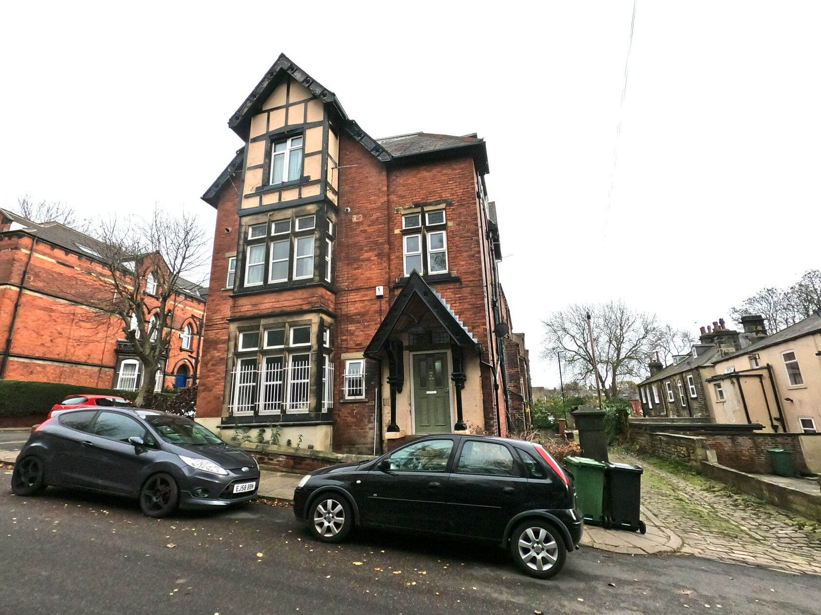 11 bedroom student house in Hyde Park, Leeds