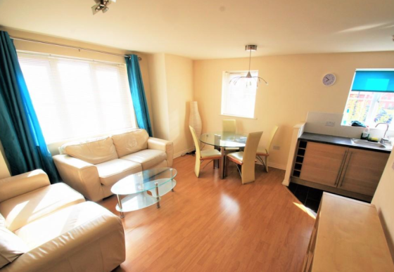 2 bedroom student apartment in Stoke, Coventry