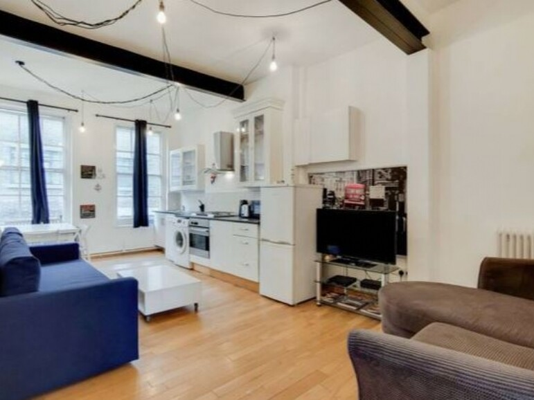 2 bedroom student apartment in Shoreditch, London