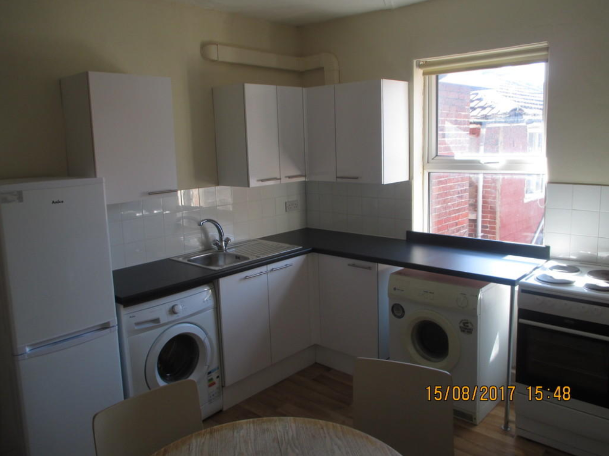 2 bedroom student apartment in Southsea, Portsmouth
