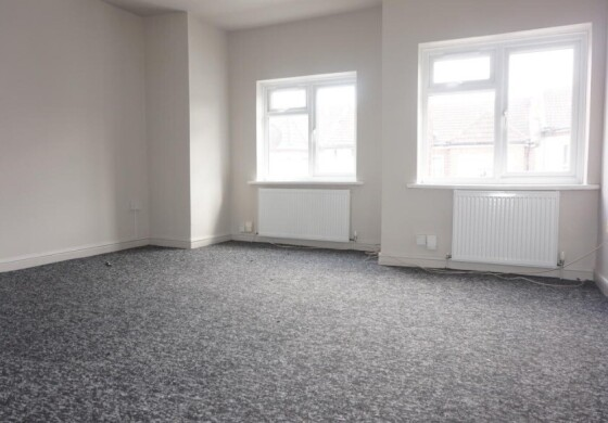 2 bedroom student apartment in The Polygon, Southampton