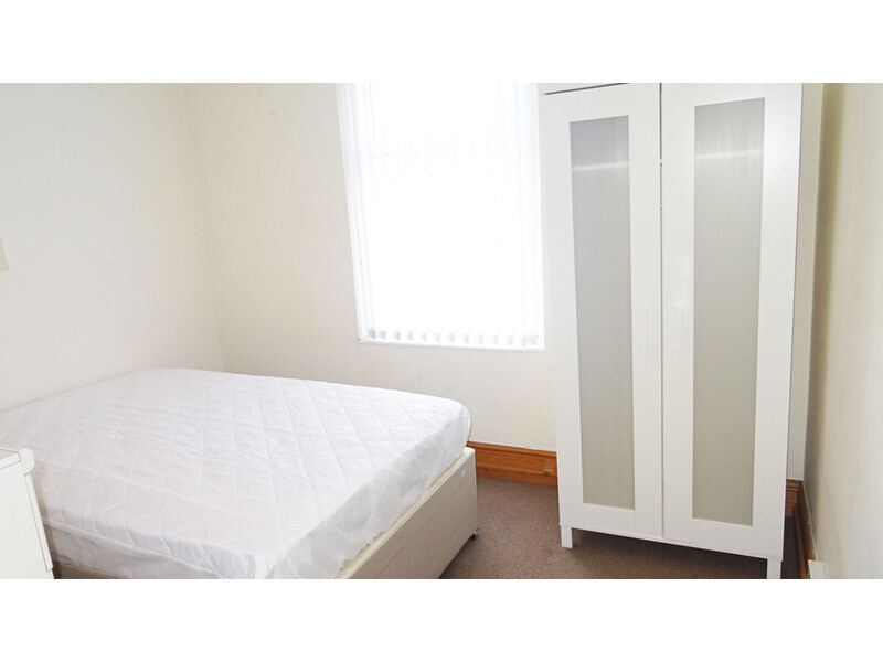 2 bedroom student house in Cathays, Cardiff
