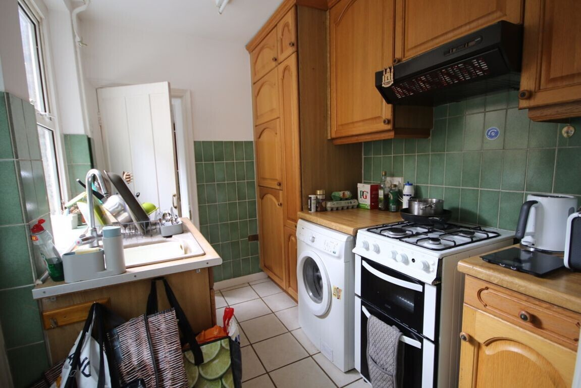 2 bedroom student house in City Centre, Canterbury