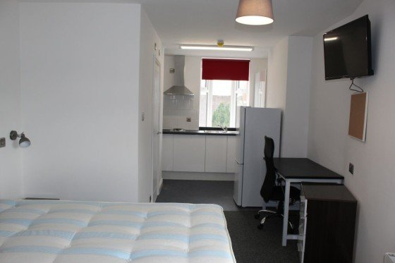 2 bedroom student house in City Centre, Coventry