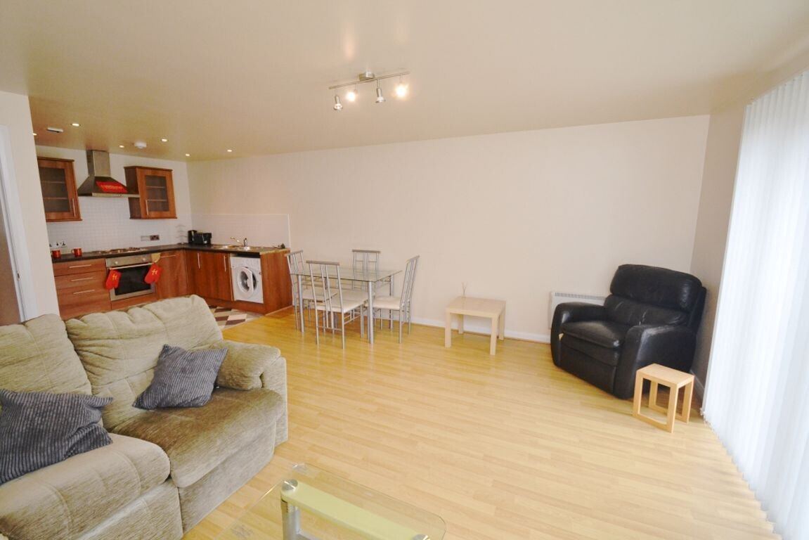 2 bedroom house for rent Percy Street, Manchester, M15 4AB ...