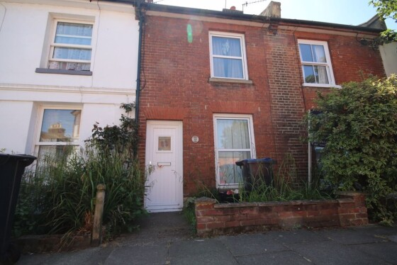 2 bedroom student house in Wincheap, Canterbury