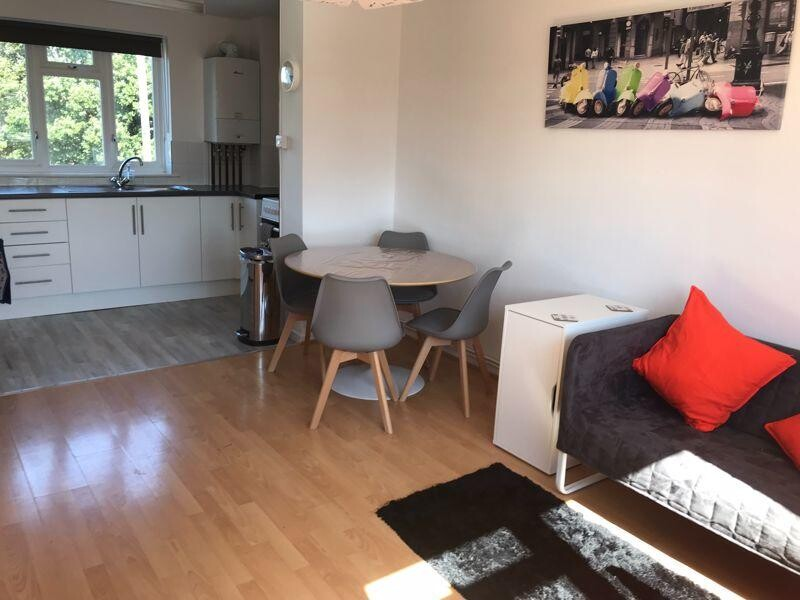 4 bedroom student apartment in City Centre, Chichester