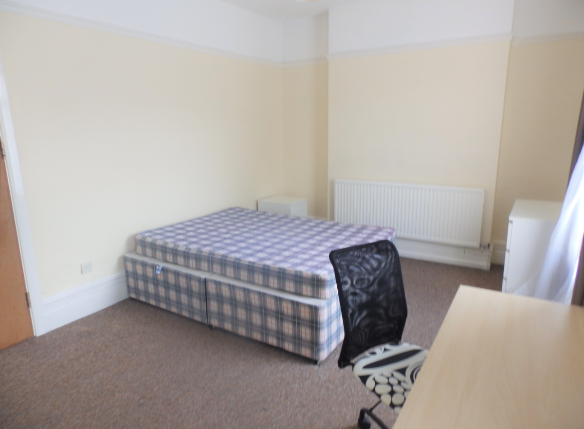 4 bedroom student house in Brynmill, Swansea