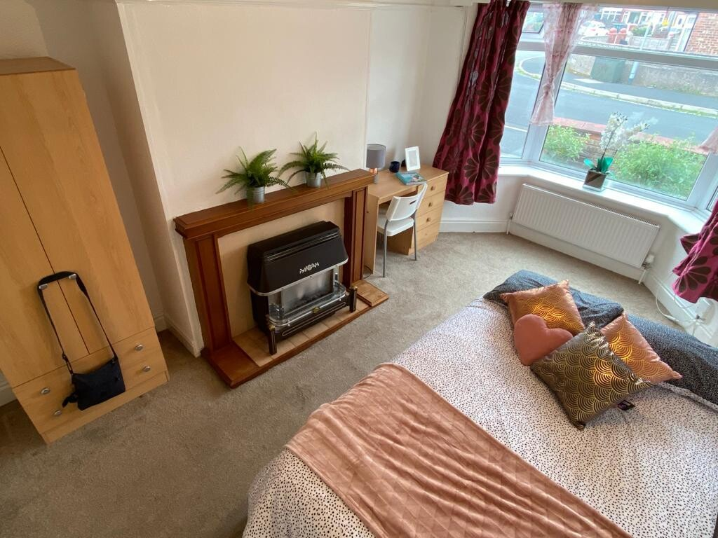 3 bedroom student house in Fallowfield, Manchester