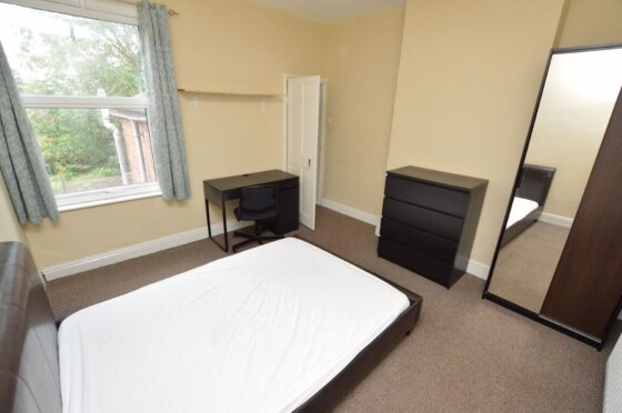 3 bedroom student house in Golden Triangle, Loughborough