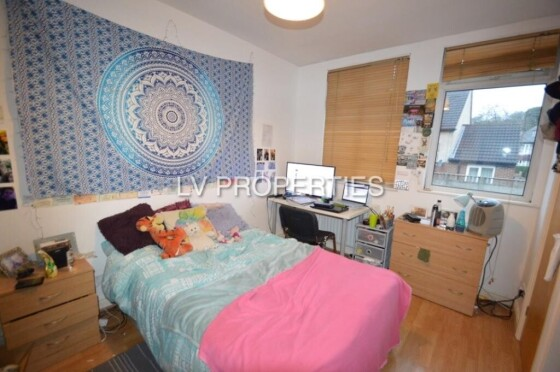 4 bedroom student house in Headingley, Leeds