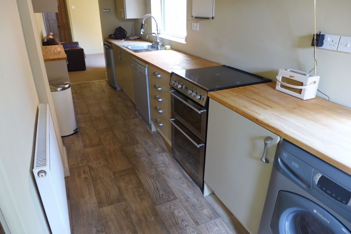 3 bedroom student house in Westcotes, Leicester