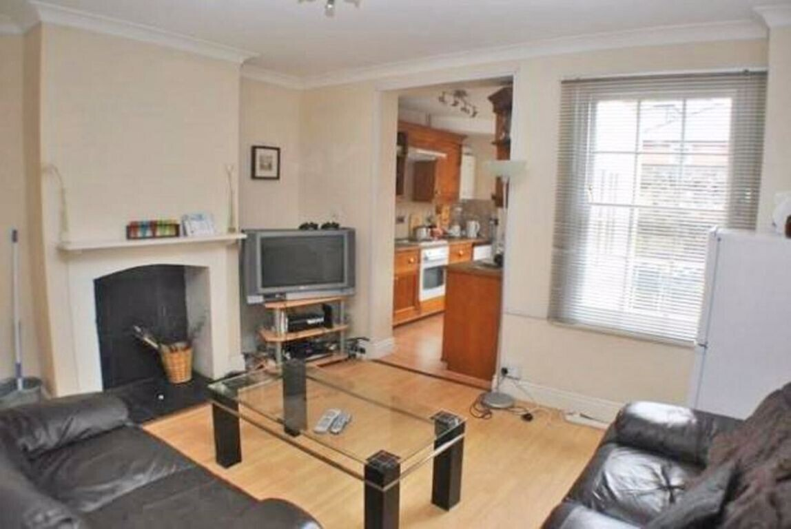 4 bedroom student house in City Centre, Canterbury