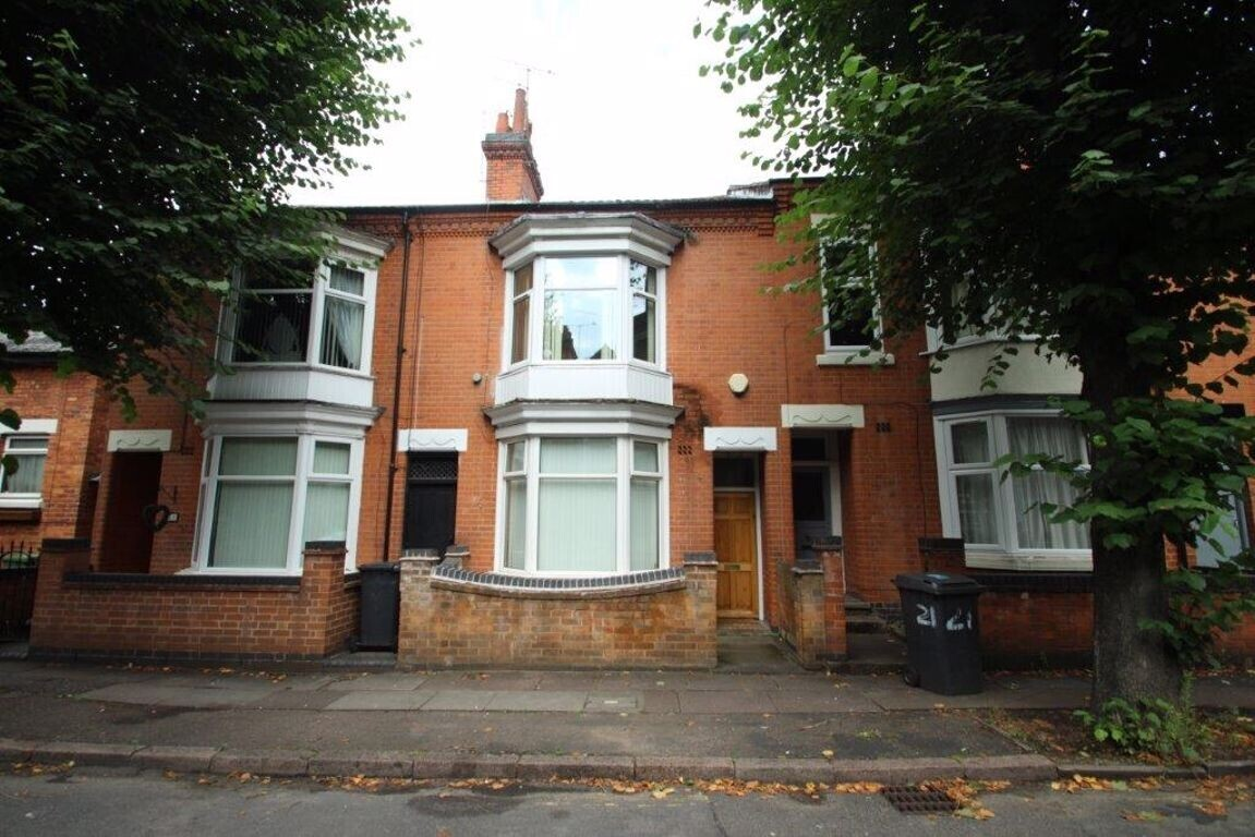 5 bedroom student house in Clarendon Park, Leicester