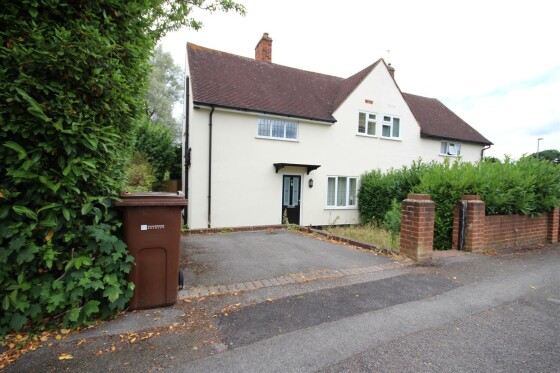 5 bedroom student house in Guildford, Surrey