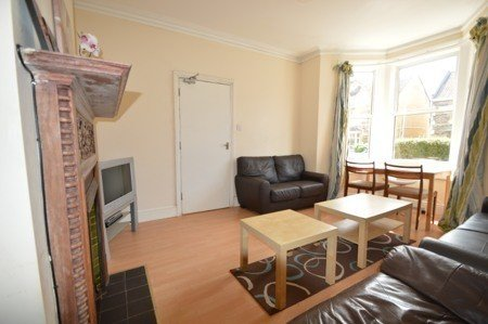 5 bedroom student house in Oldfield Park, Bath