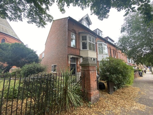 5 bedroom student house in Westcotes, Leicester