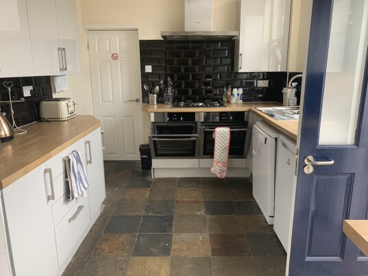 6 bedroom student house in Earlsdon, Coventry
