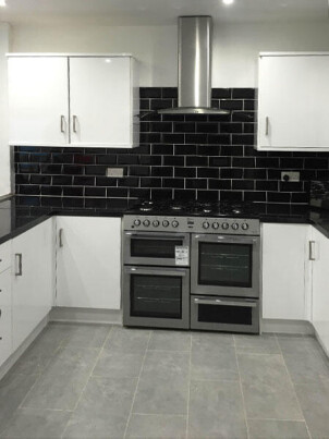 7 bedroom student house in Uplands, Swansea