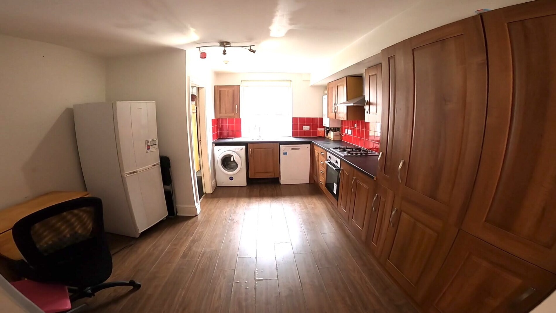 7 bedroom student house in Hyde Park, Leeds