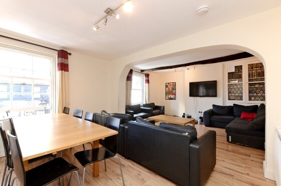 8 bedroom student apartment in City Centre, Sheffield