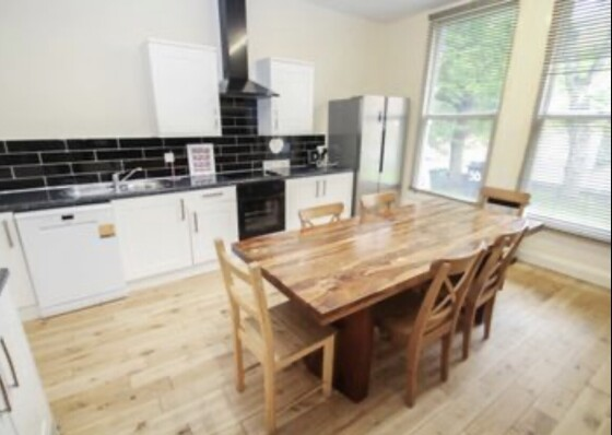 8 bedroom student house in City Centre, Leeds