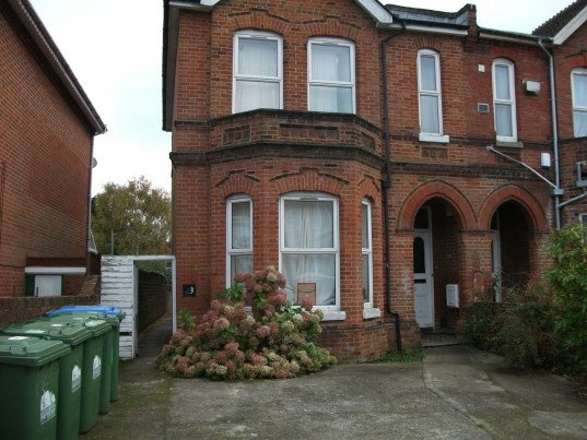 9 bedroom student house in Portswood, Southampton